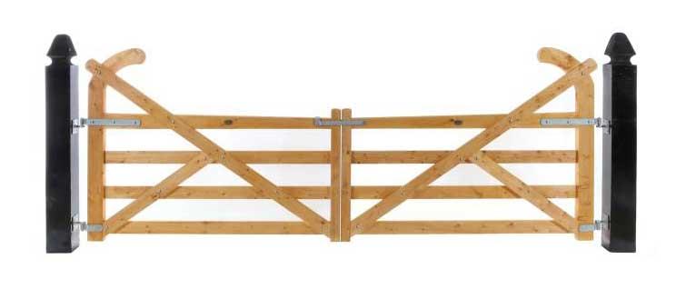 4 Rail Ranch Gates